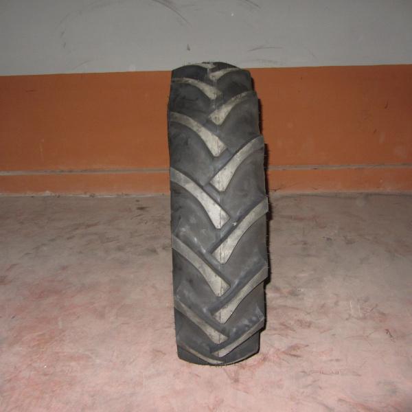 Neumáticos-Agrícolas-Poveda 11.2-24