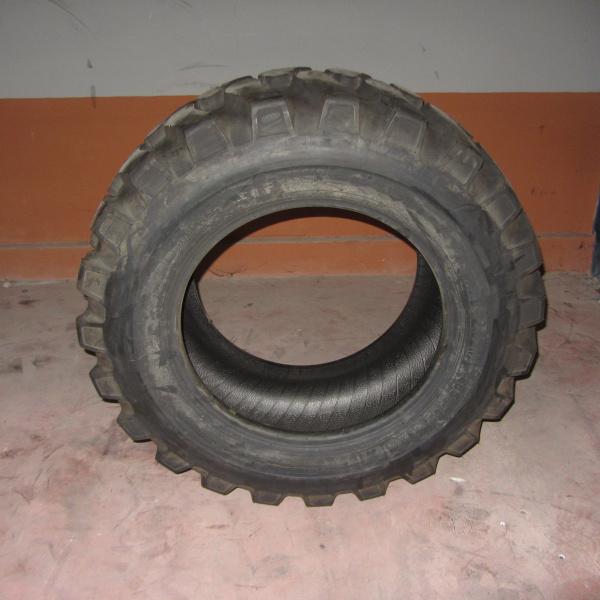 Neumáticos-Industriales-Poveda 16/70-24