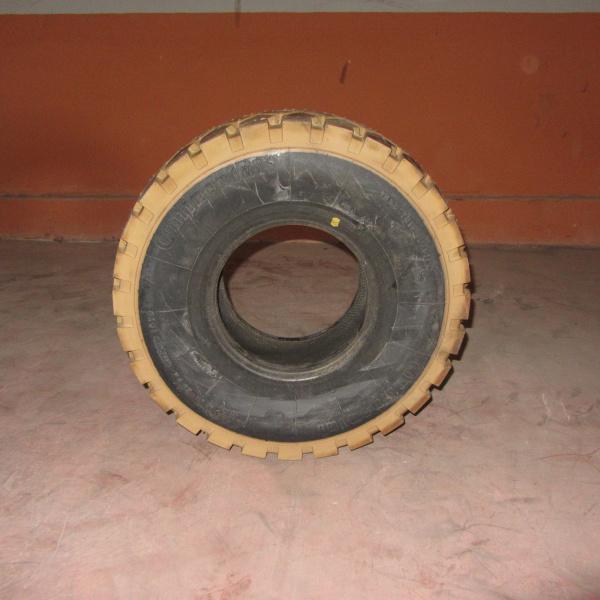 Neumáticos-Manunteción-Poveda 23X9-10