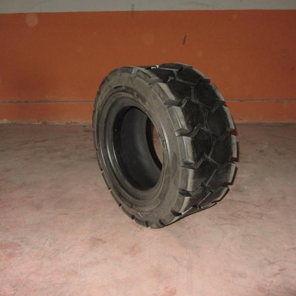 Neumáticos-Manunteción-Poveda 23X10-12