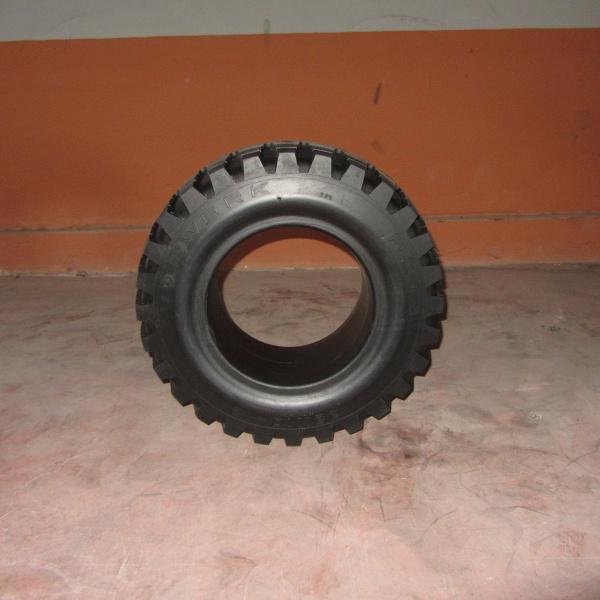 Neumáticos-Manuntención-Poveda 23X10-12